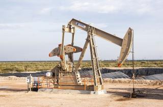 Задача на 147%: ОПЕК+ думает об увеличении добычи